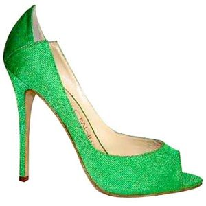 Courtney Crawford green apple open toe pumps!